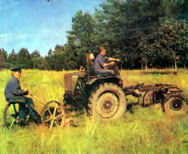 Михаил Хотеев с сыном Петром и внуком Минькой