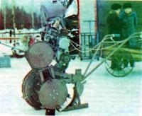 Мотоблок «Вятич» с одним сменным колесом